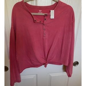 Aerie Button up top
